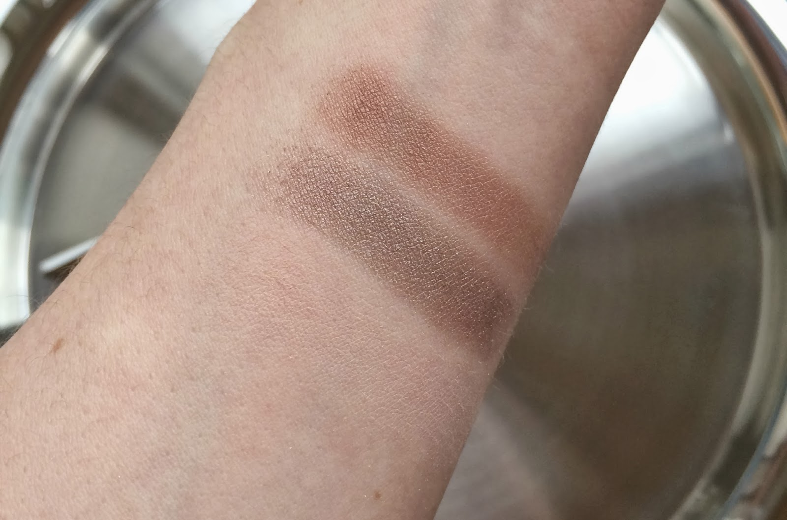 Chantecaille eye shadow swatches