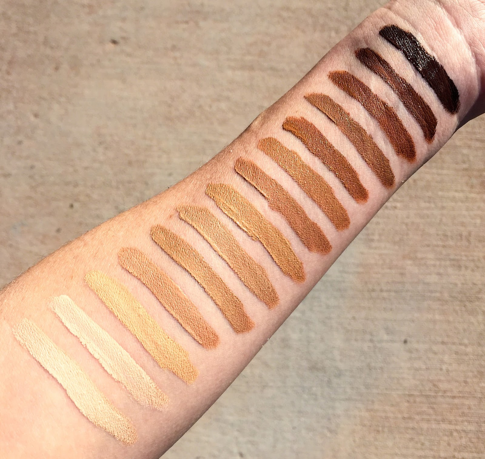 Review: Urban Decay All Nighter Waterproof Concealer with Swatches of Every Shade